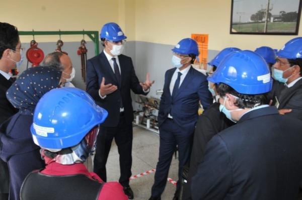 M. Rabbah visite le centre des sciences et techniques de l'électricité de l'ONEE